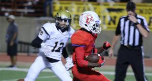 Duncanville football quarterback Jaylin Nelson