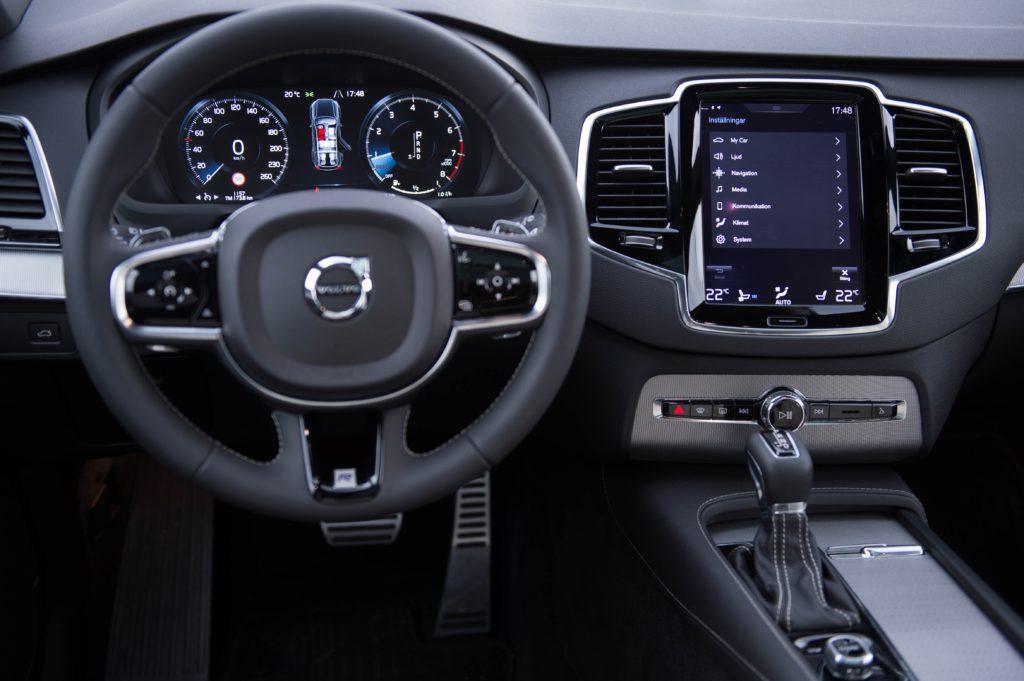 2016 Volvo XC90 R Design