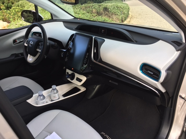 The interior of the new Prius Prime is unlike that of any Prius I have ever previously driven.