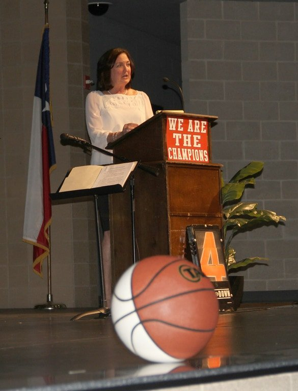 Coach Self-Morgan addresses the audience during the induction of the 2015 Duncanville Athletic Hall of Honor ceremony.