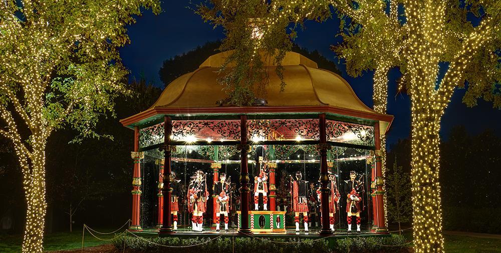 spectacular fireworks Dallas arboretum 12 days of christmas
