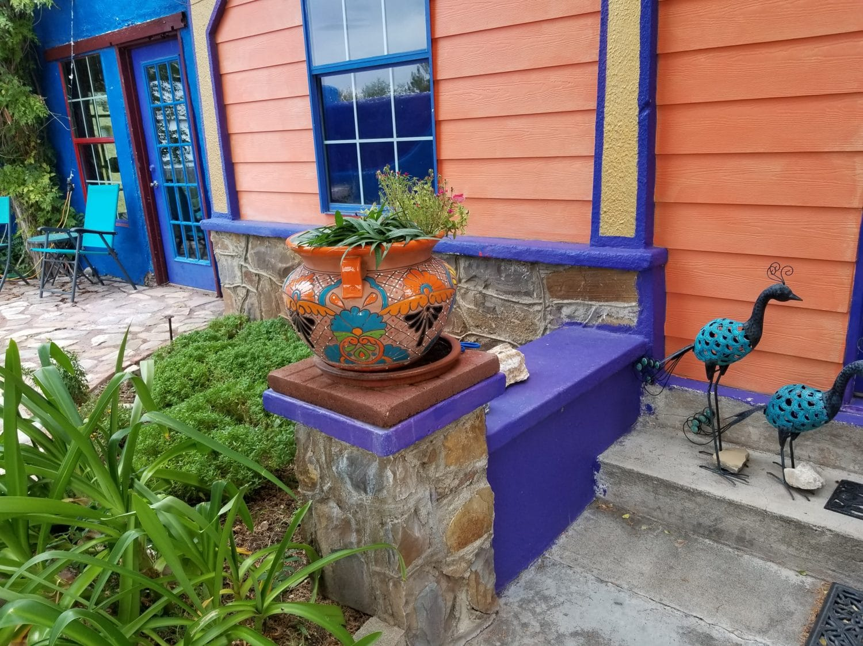 eve's garden pottery