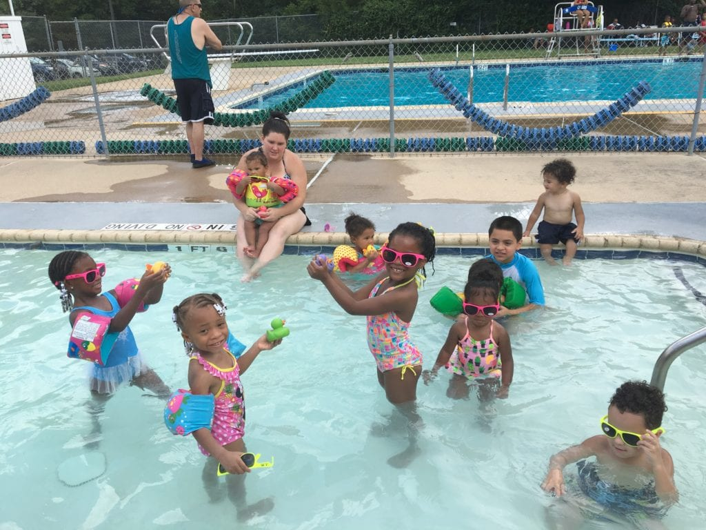 Kids at Crawford Pool