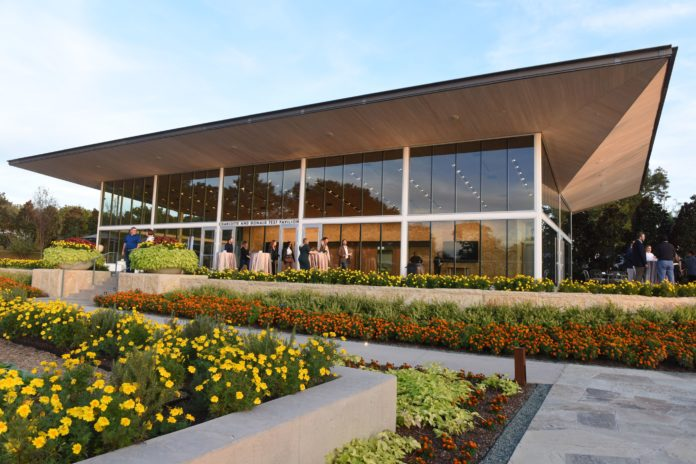Dallas Arboretum Offers Special Rates in January