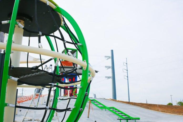 Play Grand park