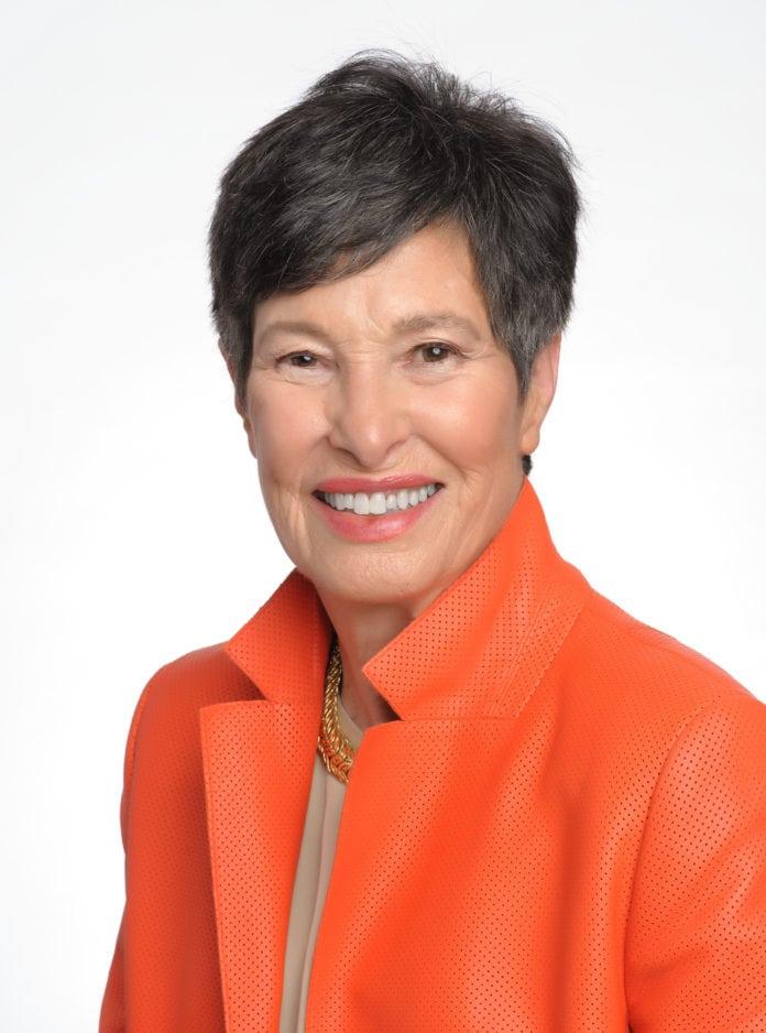 Lyda Hill, Renowned Dallas Philanthropist, Receives Lions Club Award