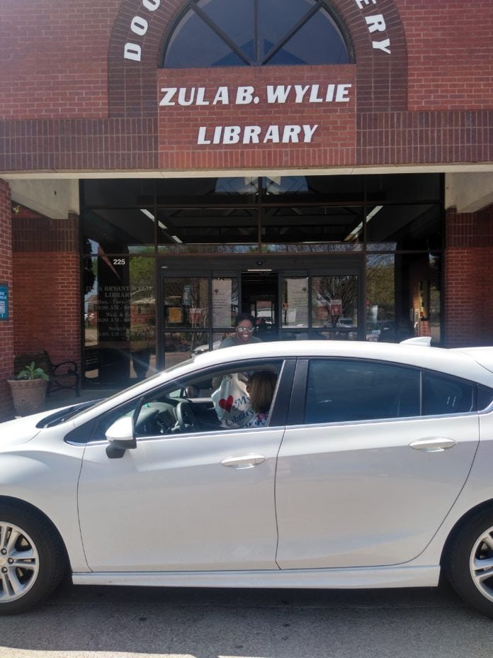 desoto public library curbside pickup