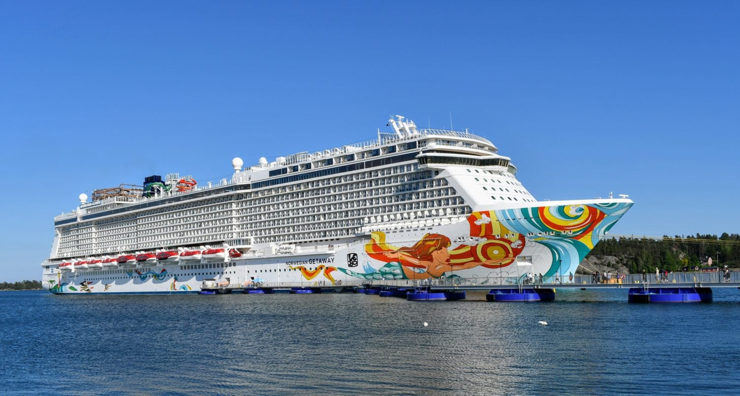 Coronavirus prompts CDC to extend 'No Sail Order' for cruise ships
