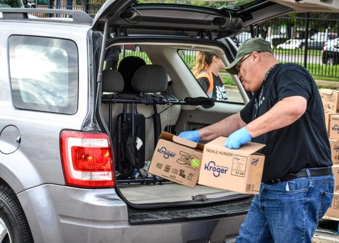 North Texas Food Bank distribution