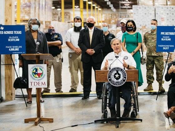 Governor Abbott at TDEM warehouse