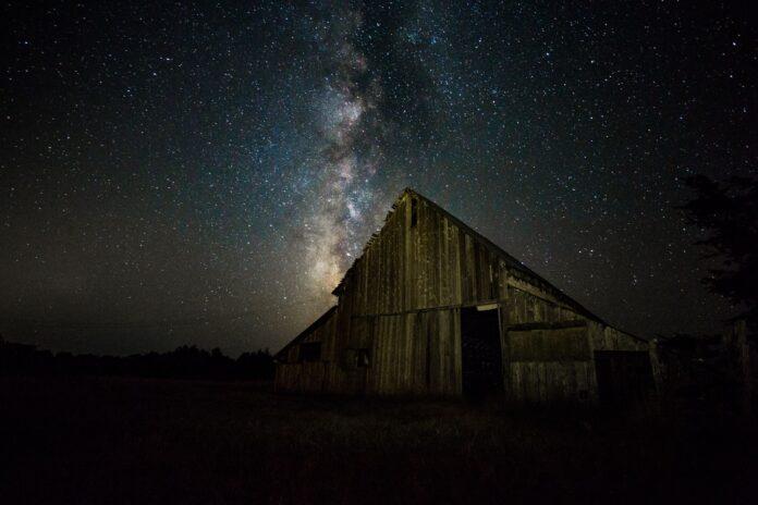 stars over a barn in Mendocino County