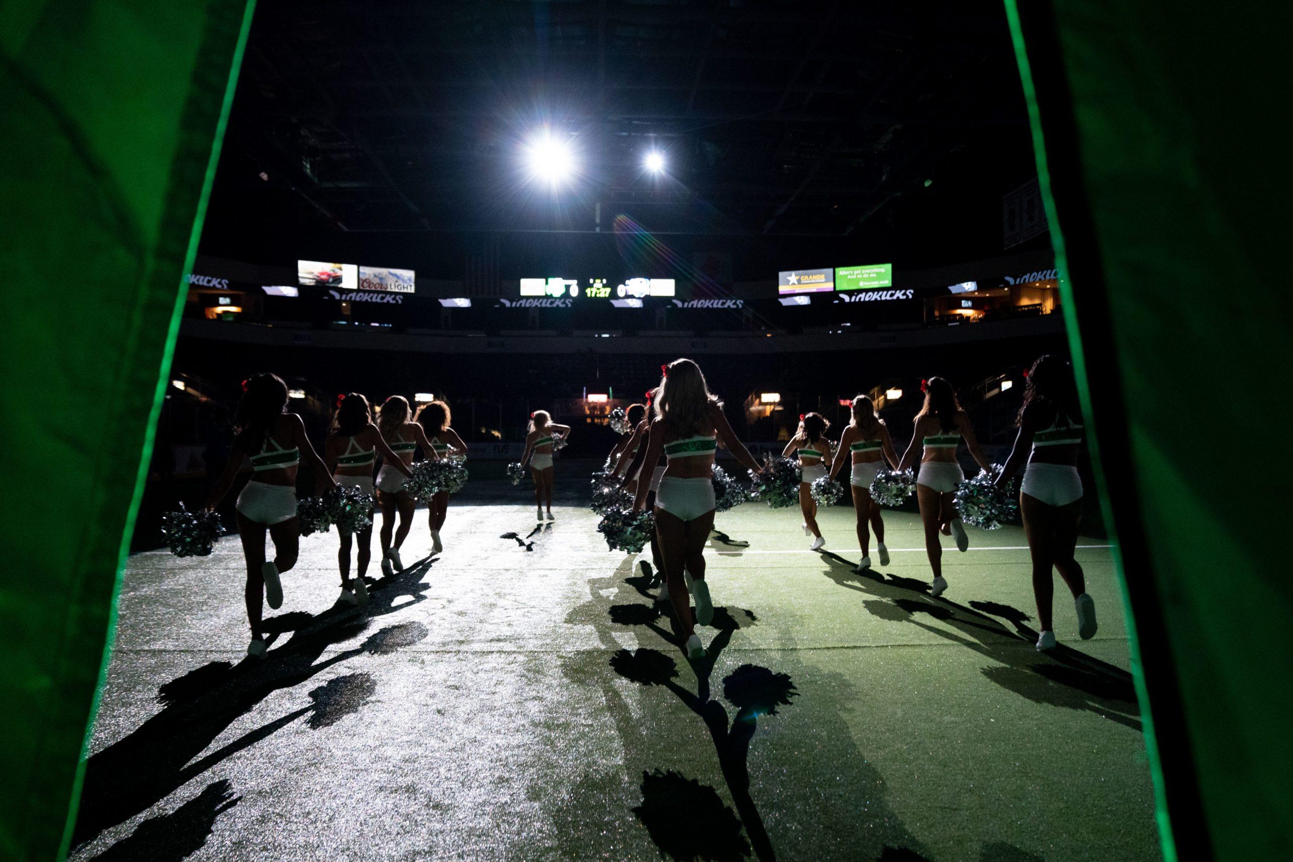 Dallas Sidekicks Dancers