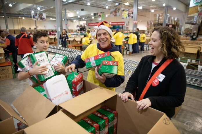 Samaritans Purse volunteers