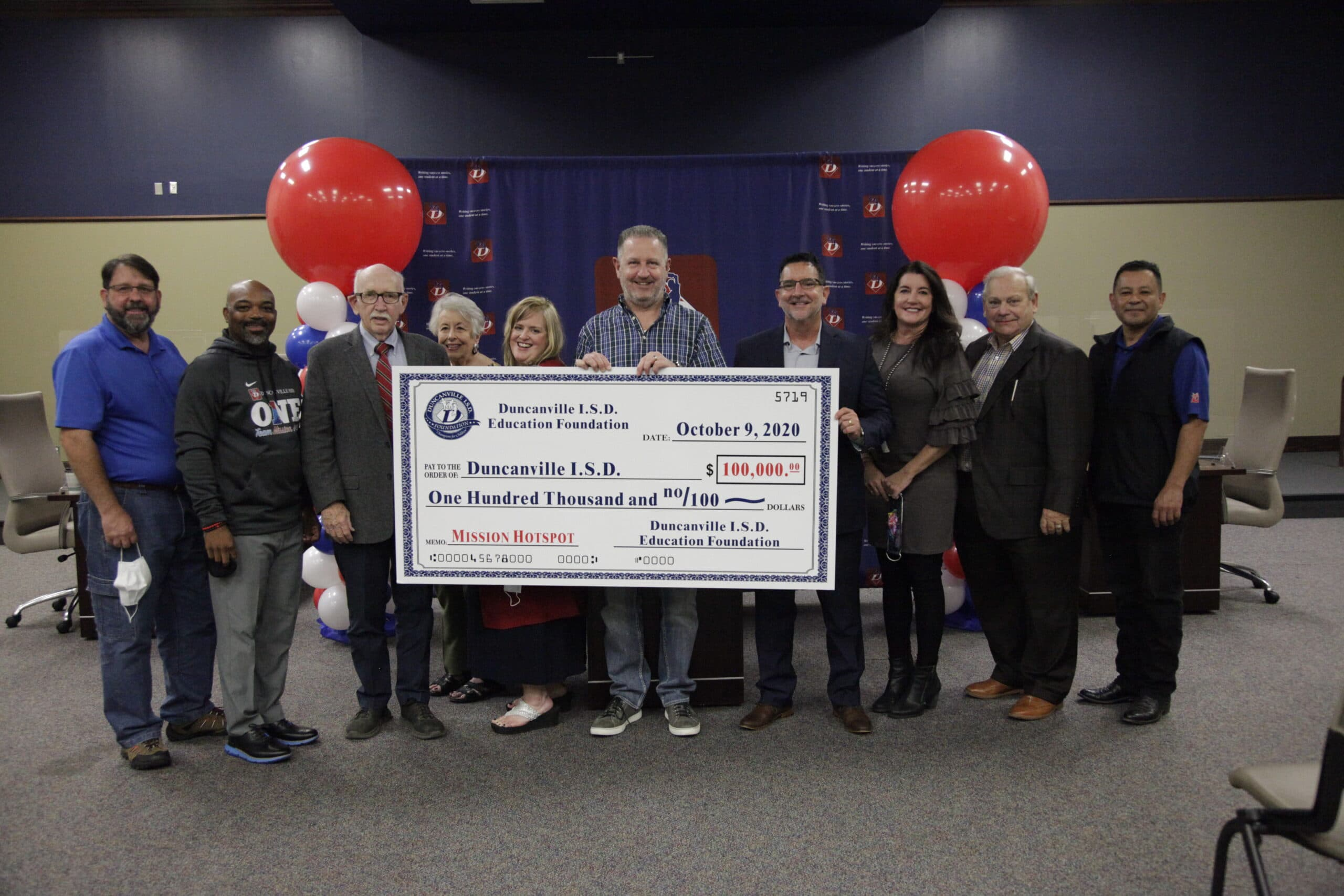 Duncanville ISD receives technology donation