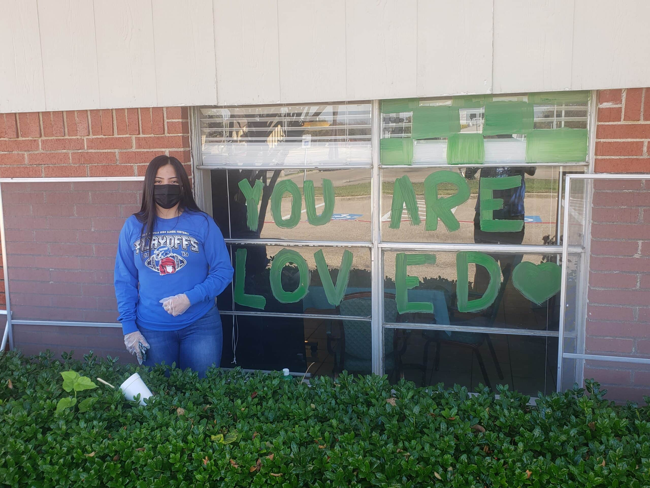 Duncanville students offer cheer
