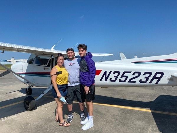Jordan Duran and airplane