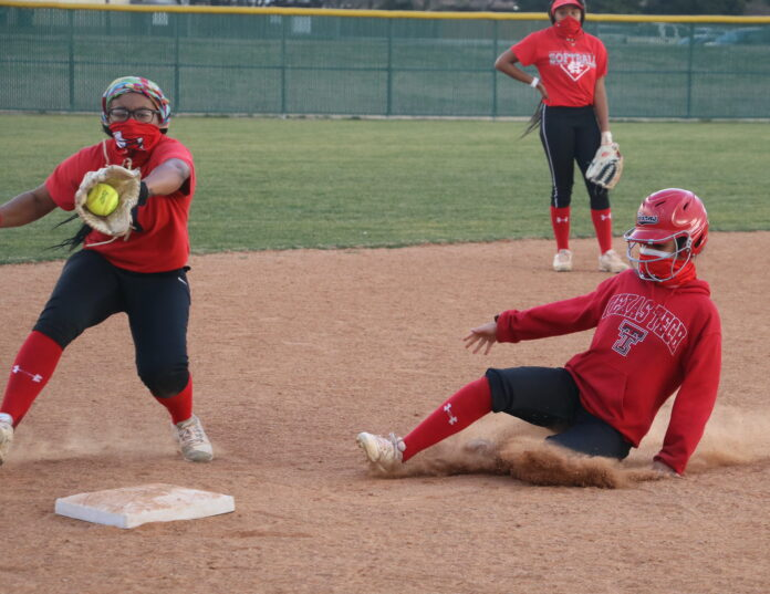 Cedar Hill Softball