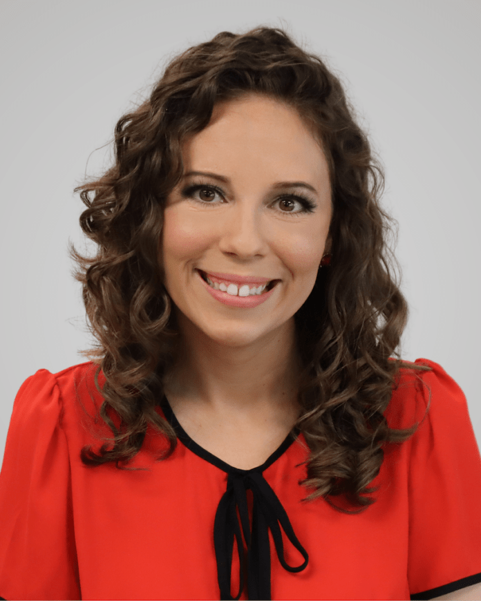 Megan Rios headshot