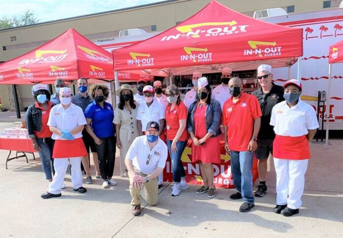 DeSoto employees by In N Out mobile kitchen