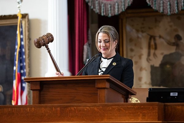 Texas Secretary of State Ruth Highs with gavel