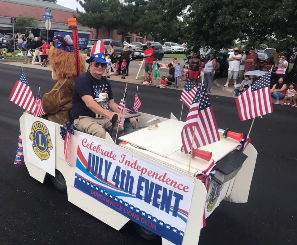 Two grand marshals lead Duncanville July 4th parade