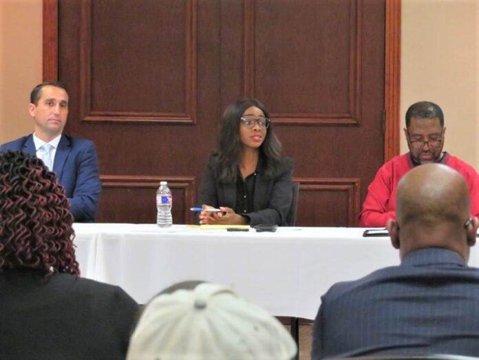 DeSoto city officials at table