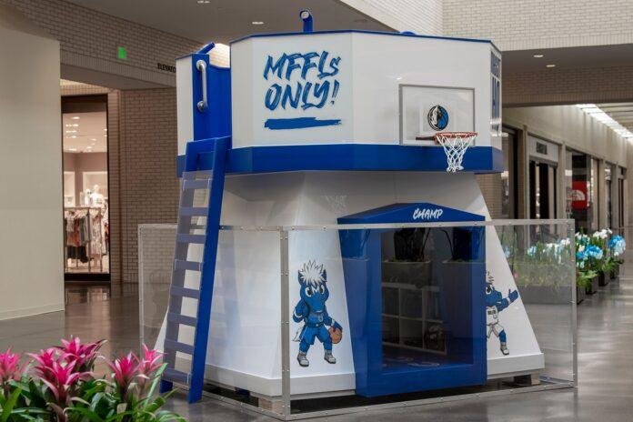 MAVS playhouse