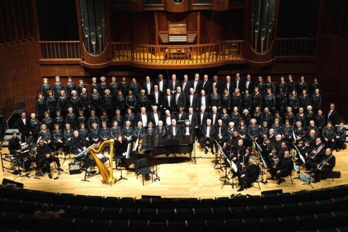 Silver Serenaders celebrate 40th anniversary